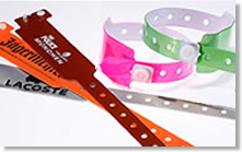 Kontrollarmbänder aus Vinyl
